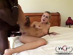 Mandingo fucking a white girl up her tight ass